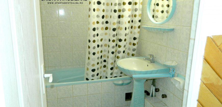 Apartament 3 camere decomandat Ampoi 3, etaj 2 ,mobilat