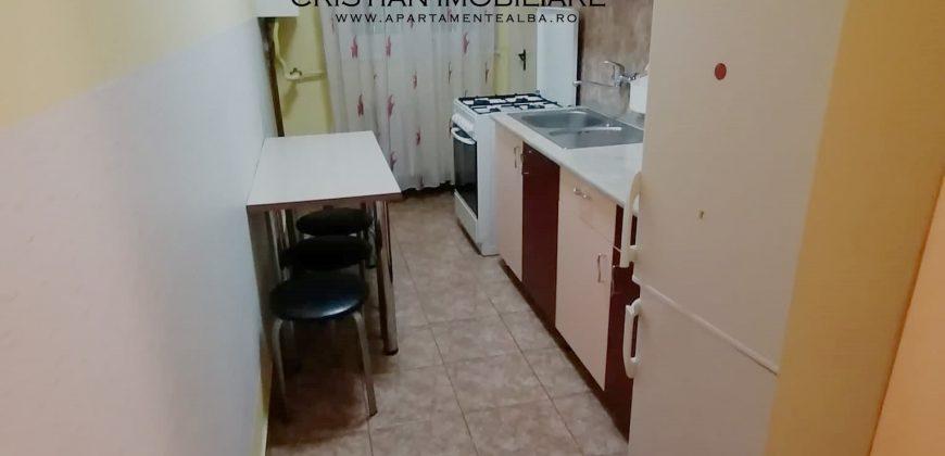 Apartament 2 camere, etaj intermediar, Cetate ,bloc cu lift