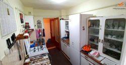 Apartament 3 camere decomandat, Cetate, foste proprietati