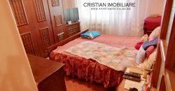 Apartament 3 camere decomandat, Cetate zona Mercur