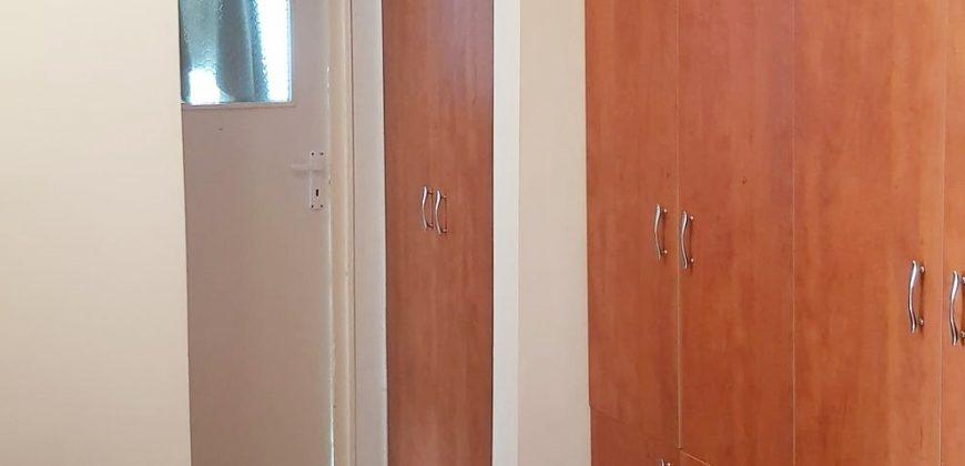 Apartament 2 camere decomandat, Cetate-Mercur!