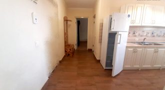 Apartament 2 camere decomandat, Cetate,bloc nou,etajul 1