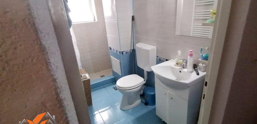 Apartament 2 camere, Cetate-Bulevard, etajul 2