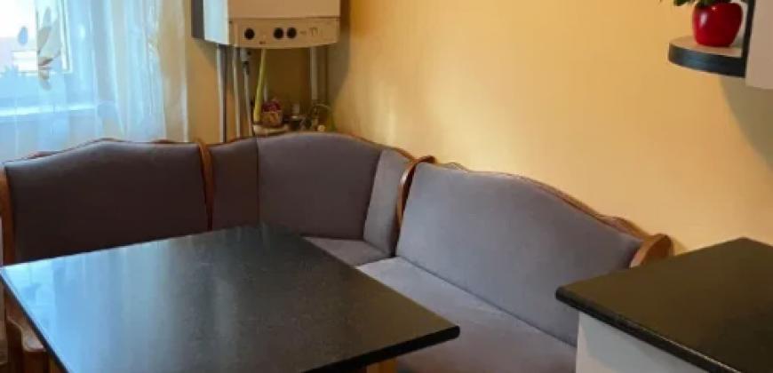 Apartament 2 camere decomandat, Cetate-Lidl