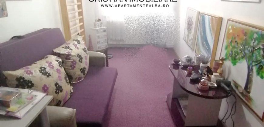 Apartament 3 camere decomandat, Centru etajul 1