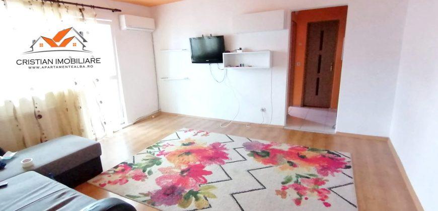 Apartament 3 camere, Cetate-Piata, etajul 3