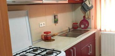 Apartament 3 camere decomandat, Cetate-Closca