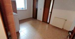 Apartament 2 camere decomandat, Cetate-Caroline, parter inalt +GARAJ