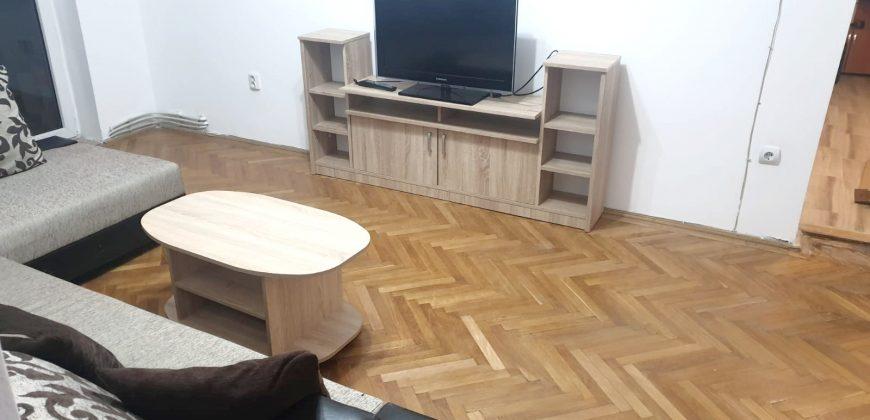 Apartament 4 camere, etajul 1, Cetate