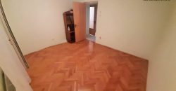 Apartament 5 camere + GARAJ si PIVNITA, Centru, etajul 1