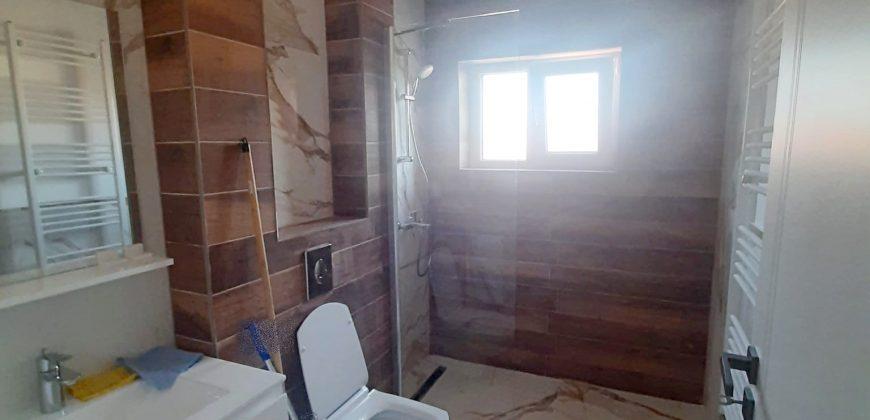 Apartament 2 camere, CETATE, bloc nou, NEMOBILAT!