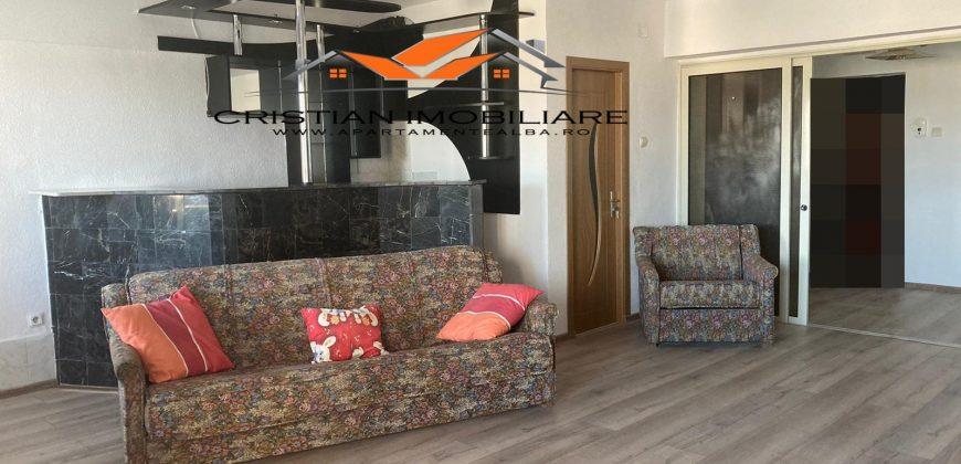 Apartament 3 camere , cu scara interioara, finisat, Centru!