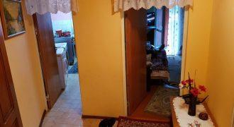 Apartament 2 camere decomandat, etajul 1