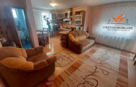 Apartament 3 camere si 2 GARAJE, Cetate-Lidl