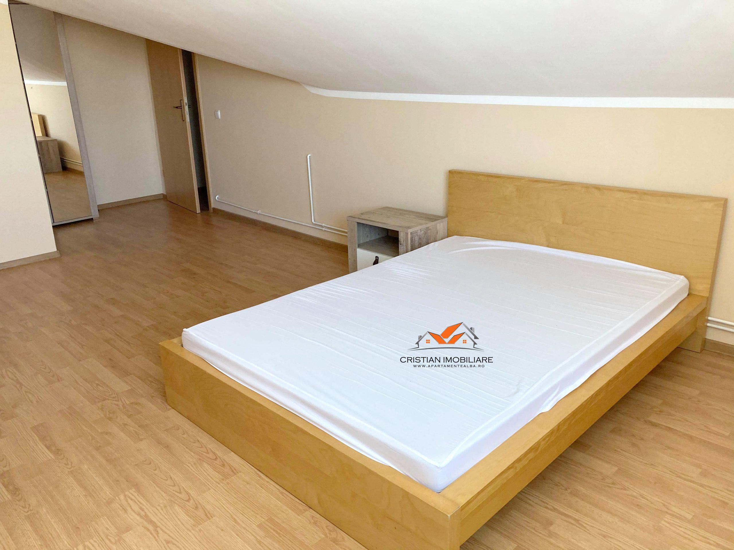Apartament 4 camere finisat, mobilat-utilat, bloc nou, Cetate