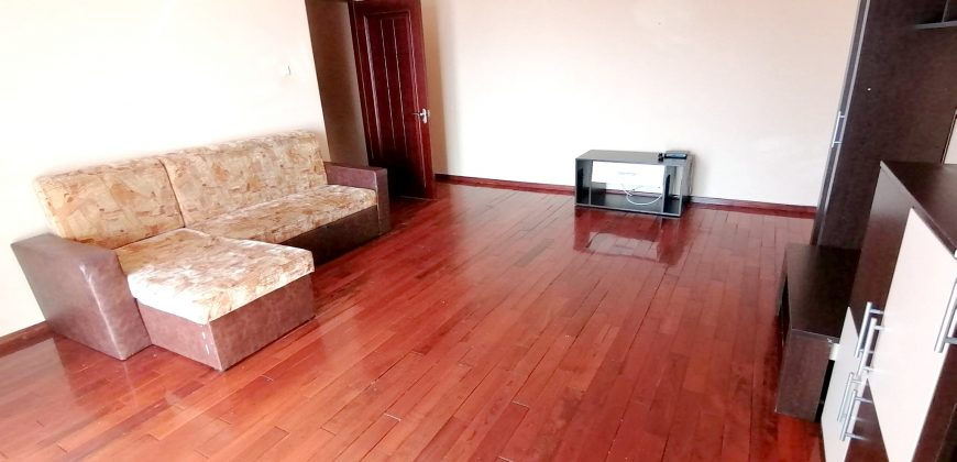 Apartament 3 camere, Cetate-Kaufland, etajul 2