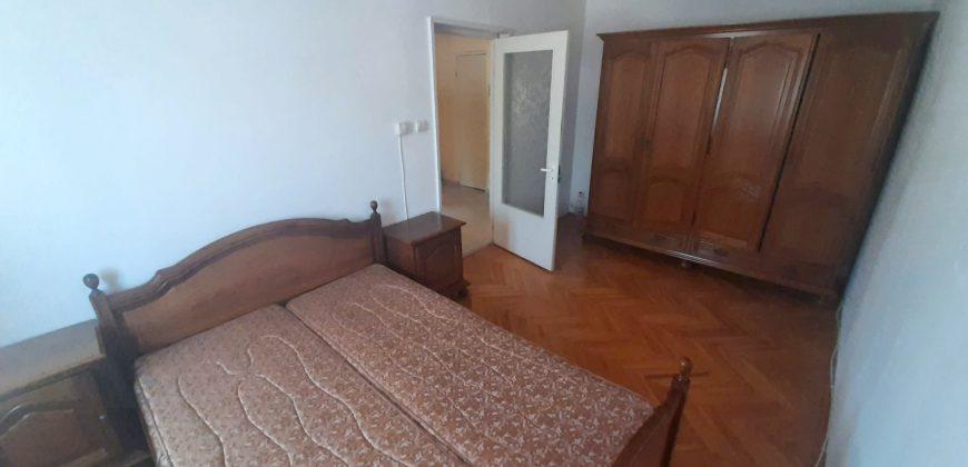 Apartament 3 camere, Cetate-Liceul Sportiv