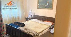 Apartament 3 camere decomandat, etaj 2, Cetate-Mercur!