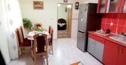 Casa finisata cu garaj si 720 mp teren, zona Barabant